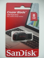 8 GB USB Flash SanDisk Cruzer Blade Blister Version